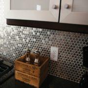 Металлическая мозаика на кухню